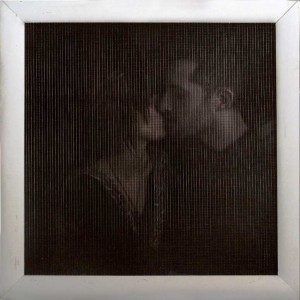 http://thinkspacegallery.com/2009/01/show/Dan-Witz-brad-leah-big-sq-mesh-kiss.jpg