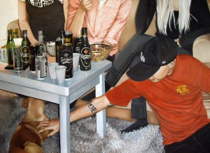 http://thinkspacegallery.com/2010/06/artwalk/show/Linnea-Strid-Four-Drunks-and-a-Dog.jpg