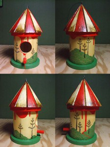 http://thinkspacegallery.com/2007/04/show/birdhouse1.jpg